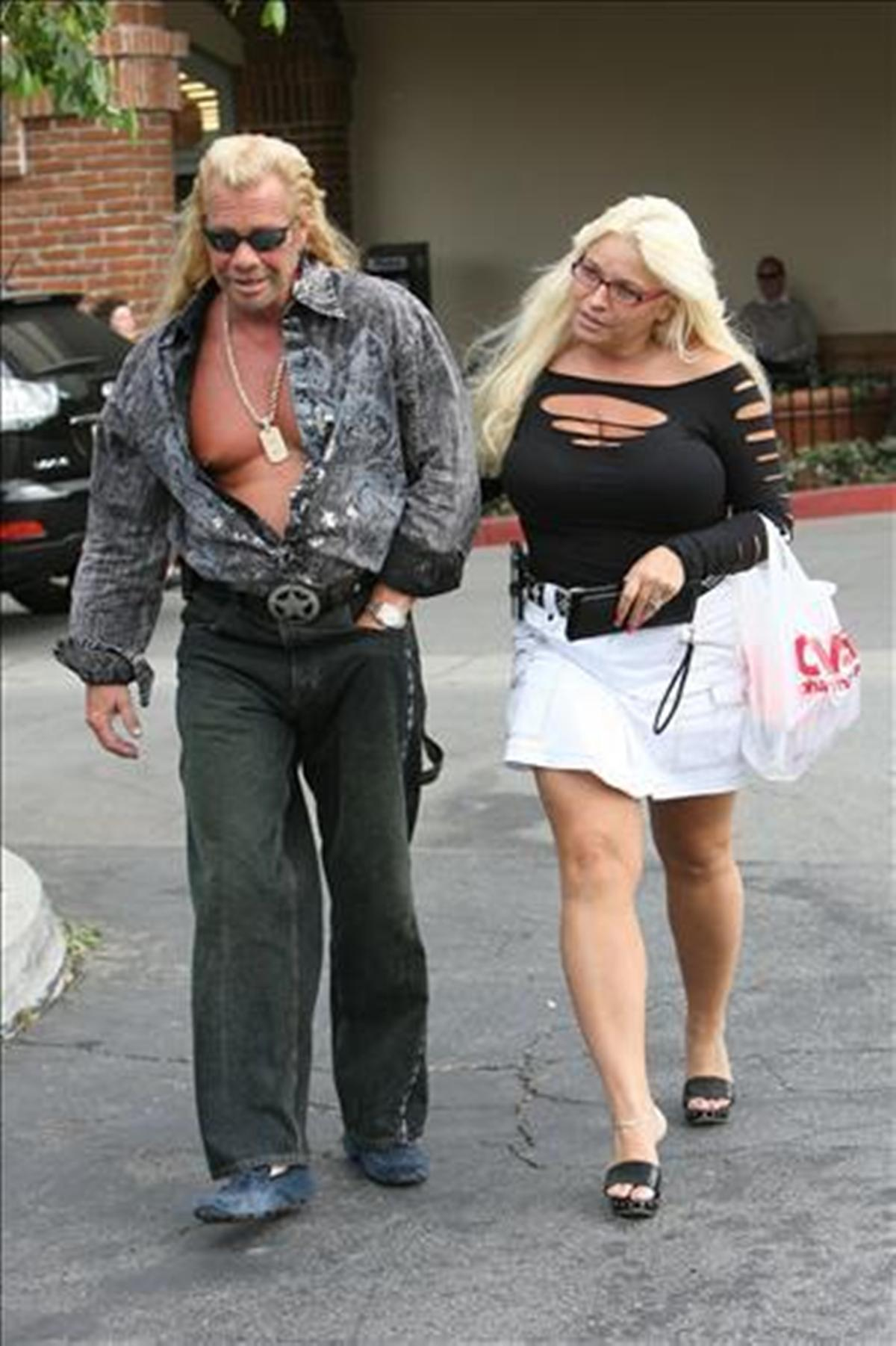 The dog the bounty hunters wifes tits excellent