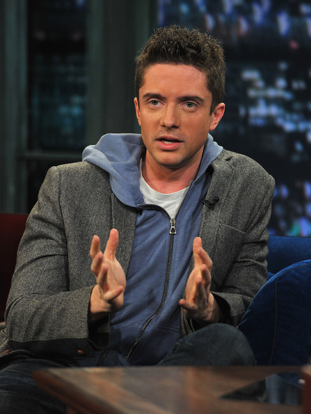 Topher Grace 4
